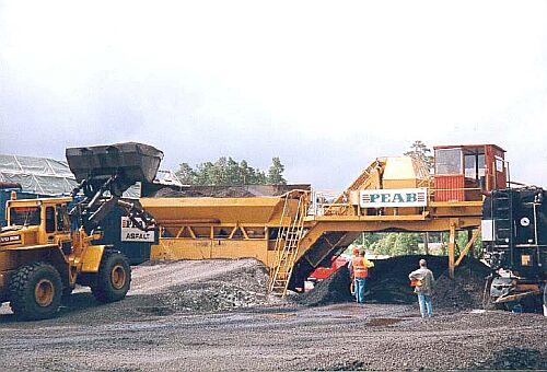 Bild 14:5 Blandningsverk för satsvis tillverkning av kallblandad massa av fabrikat Kalottikone